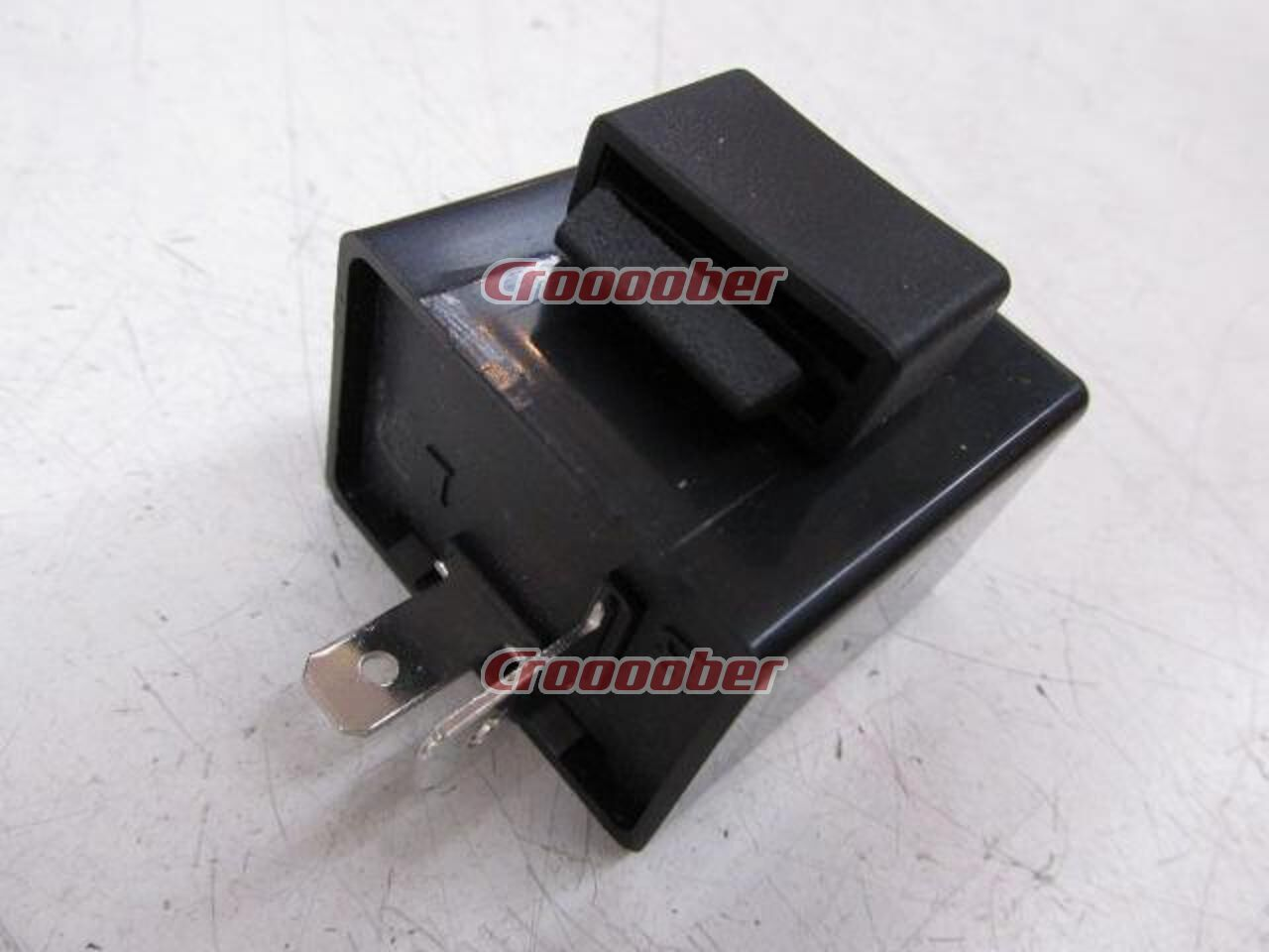 f4abf87460460 MADMAX Mad Max LED Compatible IC Turn Signal Relay 2 Pin Type  12V General  Purpose