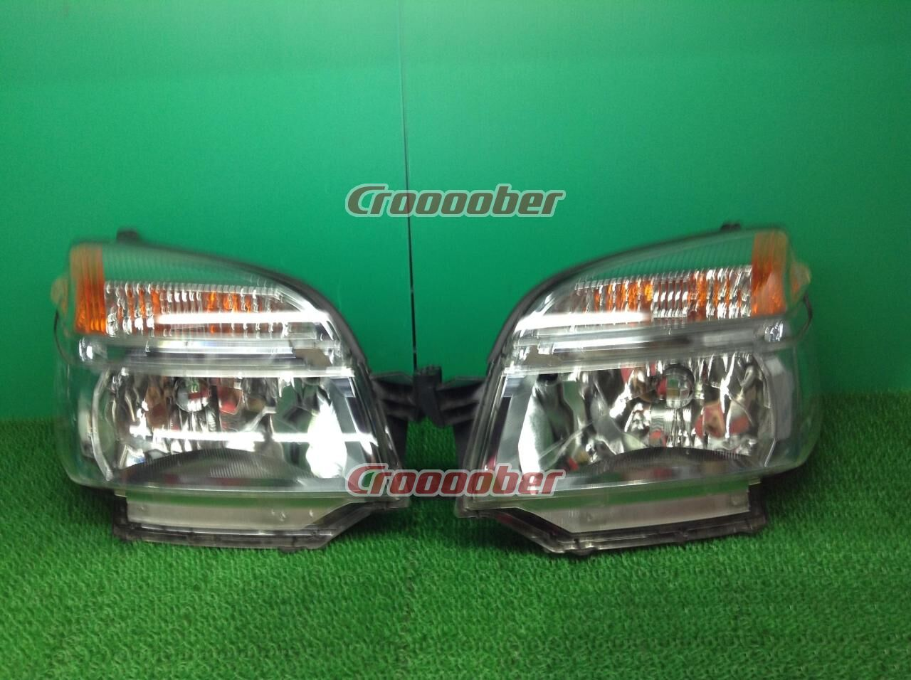 Price Down Rare Yellowing Small Head Light Toyota 60voxy Previous