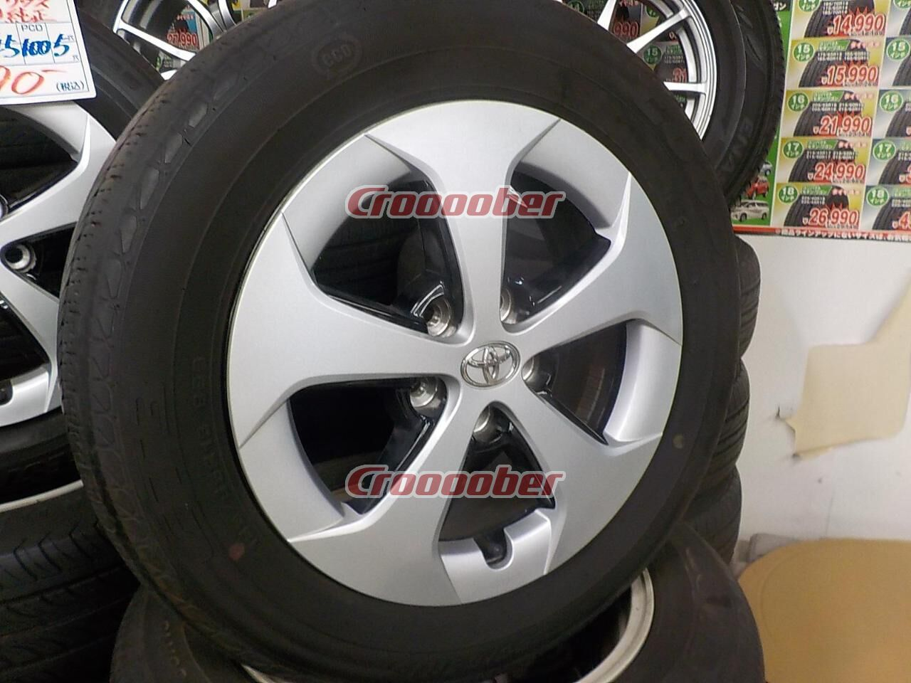 Original TOYOTA 30 Prius Late Genuine Wheel + GOODYEAR GT3 U203b Tire Size: 185  / 65R15
